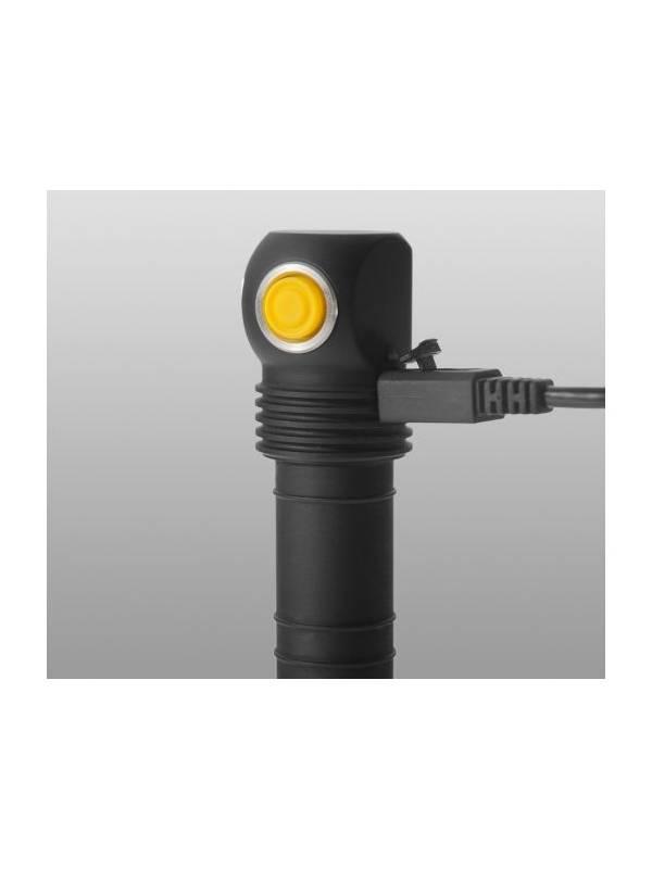 Фонарь Armytek Elf C2 Micro-USB XP-L Теплый